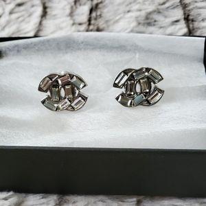 Chanel small CC crystal baguette earrings